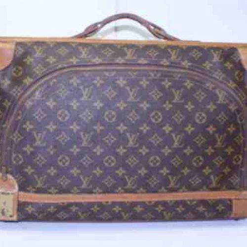 Louis-Vuitton-Vintage-Monogram-Traveler-Luggage