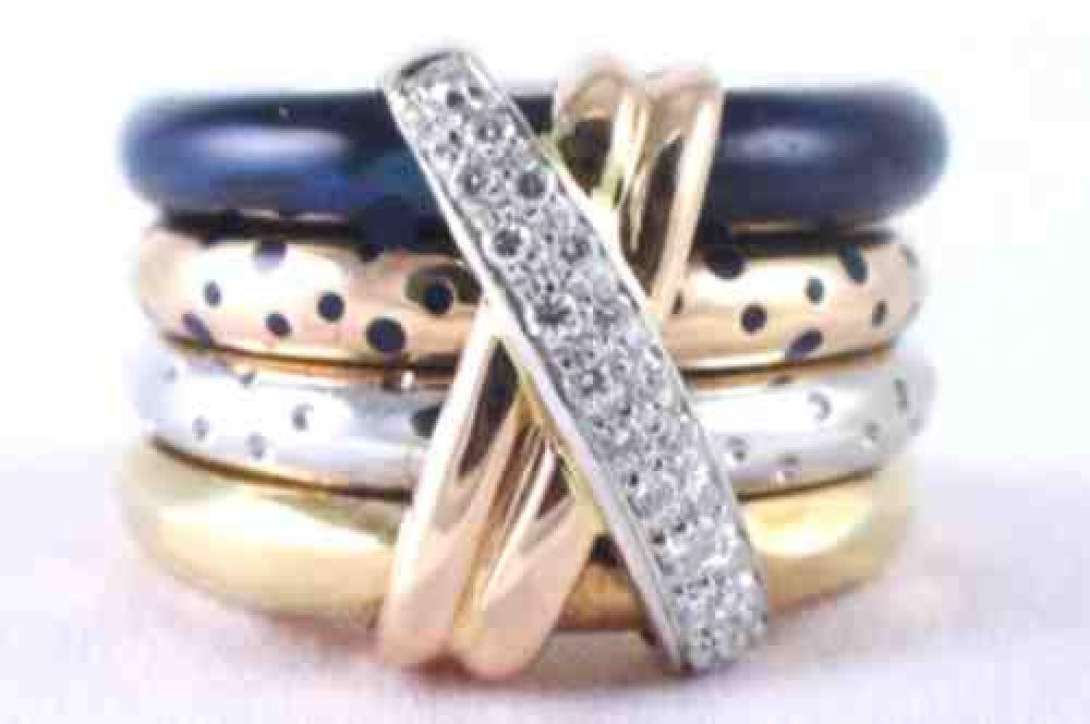 Nouvelle-Bague_Diamond_Enamel_Stack_Ring